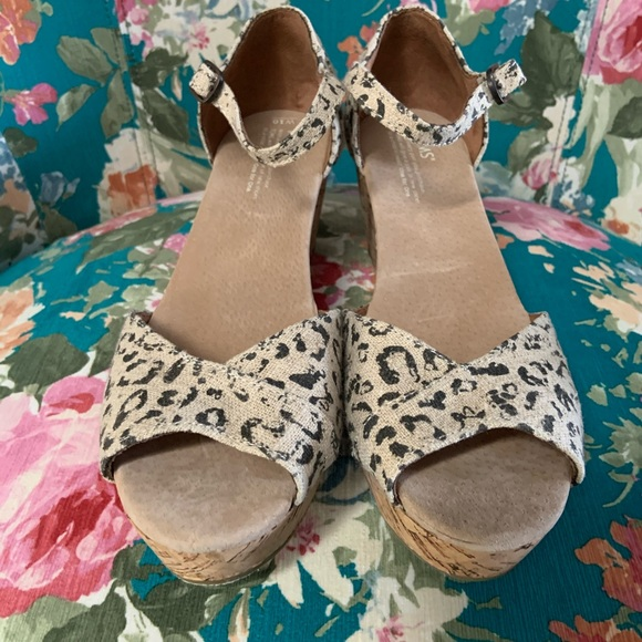 Toms Shoes - NEW TOMS Animal Print Cork Wedges Size 10